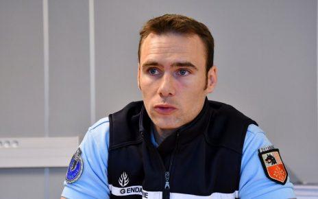 Le lieutenant Soual, commandant du peloton d'autoroute.