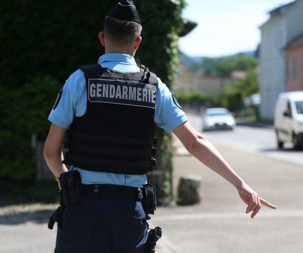 gendarme renversé